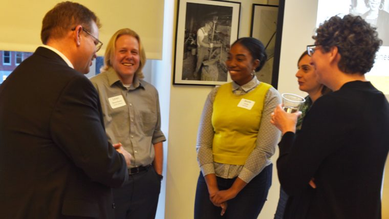 Students gathered around Chancellor Cartwright at the Diversity Cohort