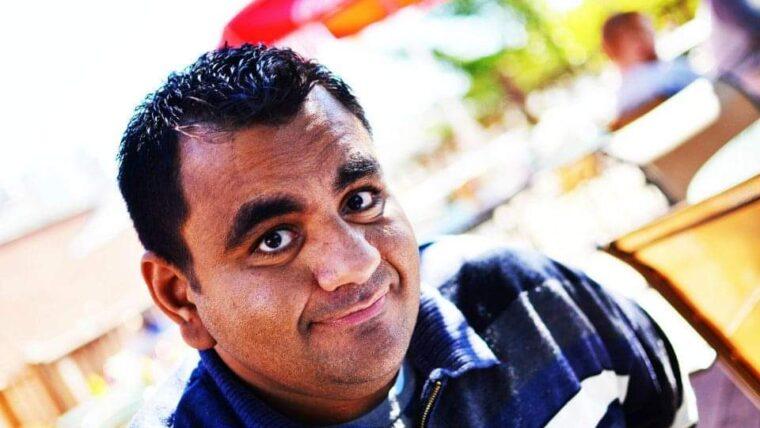 Mo Shahin is smiling up at the camera.